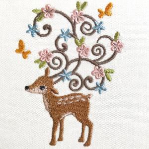 ★発売★角にお花が咲いたシカさんの刺繍