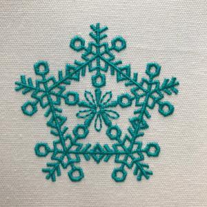 雪の結晶風刺繍★その①