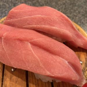 富戸発『魚磯』~食べログ静岡において評点・口コミ数ともに1位の人気回転寿司店~