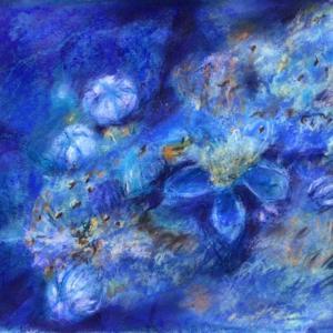かれかけた紫陽花に雨が降る