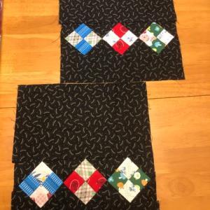 四角つなぎのパッチワーク(巾着のキルトトップ完成)