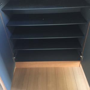 下駄箱の掃除とキッチン収納。