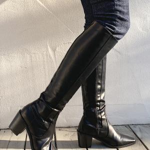 長靴 vs ロングブーツ