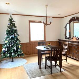 消えた年金・スポードのクリスマスツリーで紅茶