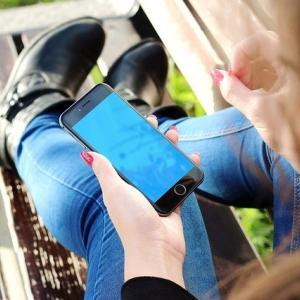 iPhoneの「Siri」が使ってみると超便利!話しかけるだけでナビアプリも楽々起動♪
