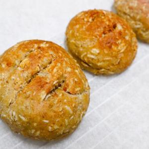ダイエット中におススメ【パンでしかない!】オートミールで作るグルテンフリーパン