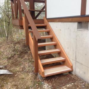 16年使われた階段を作り替えました^^