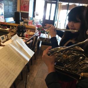 クリスマスソング、盛りだくさんで演奏いたします(#^.^#)