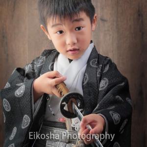お気に入りの刀を持って♪5歳の七五三(^^)