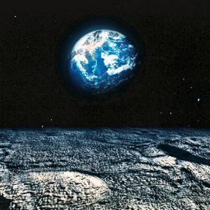月々に月見る月は多けれど月見る月はこの月の月