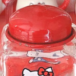 そういえば....あったよ中に!【リトルキティミニチュアコレクション】キャンディボトル