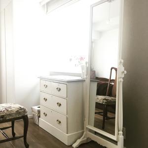 アンティーク家具のポイント(カラーやファッションを知ると好きなインテリアも決まってくる!)