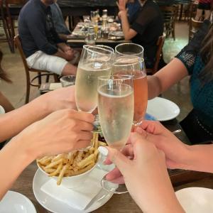 平日から飲みまくり!シンガで女子会はやっぱここ♡(久々更新ですw)