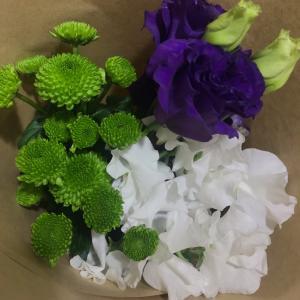 お花のある生活 〜明日は母の命日なのです!〜