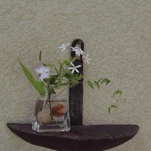 一花、一枝で季節感を♪