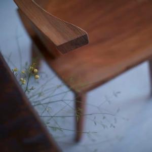花ほうろの椅子と備前