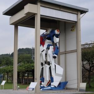 道の駅のΖガンダム マジですか!!