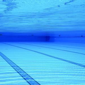 水泳教室に通い始めました