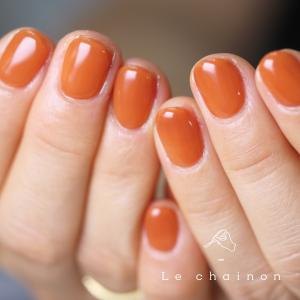 秋にしたいオレンジ系ワンカラーネイル