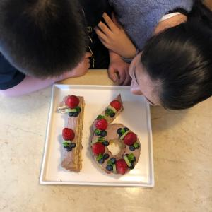 誕生日のアイディアケーキ