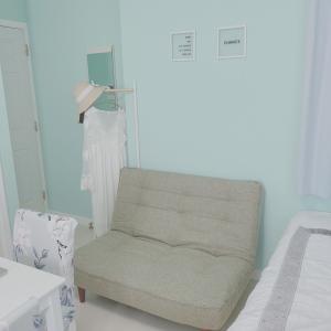 無料でGETした一人暮らし用のソファ
