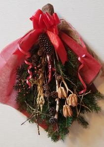 樅の木の枝のクリスマススワッグを作ろう!