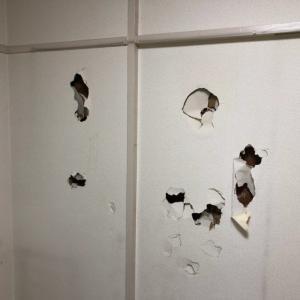 壁穴修理専門店 内装仕上げ専門店