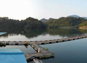 鮎川湖、2021年7月22日。