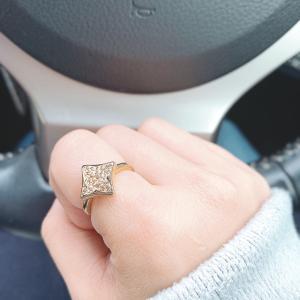 指輪の意味①~右手の人差し指~