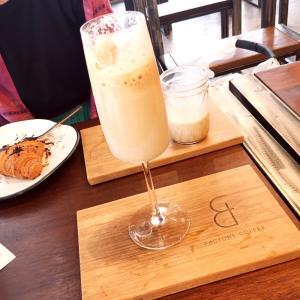 タイの若者に人気!!…のおしゃれカフェ♡