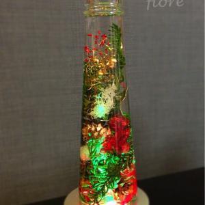fioreからクリスマスプレゼント♡ハーバリウムレッスン受講で幻想的なライトがもらえちゃいます♪