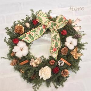 【生徒様作品】クリスマスまで待ち遠しい♡ヒイラギ柄のリボンが豪華なクリスマスリース♪