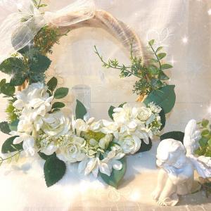 【生徒様作品】お花の種類やカラーが選べるリースレッスン!オンラインレッスンも継続いたします♪
