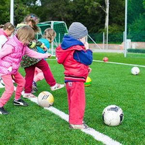 サッカーの本質は遊びである。頑張りすぎないようにプレーしていく?!