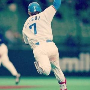 松井稼頭央(19)←守備下手、走塁下手、左打ちしたことない
