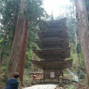 日本一周51日目 山形 併せて3500段の階段 出羽三山神社 立石寺奥之院