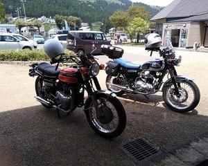 出来上がったマシンでの出会い≪定年退職後の楽しみ バイクレストアはアクティブシニアの暇つぶし≫