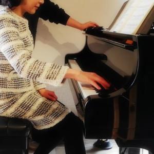 馬塲マサヨ先生のピアノレッスン♪