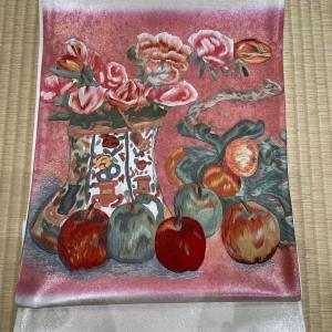 梅原龍三郎の薔薇とリンゴを刺繍で袋帯に再現