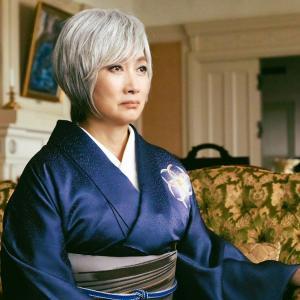 映画「総理の夫」に出演の余貴美子さんの着物を衣装協力4