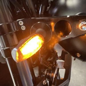 【Z900RS】LEDからLEDウインカーに交換でハイフラ!? リレー交換しました!