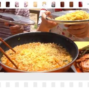 韓国って本当にラーメンを鍋の蓋で食べるのね⁉️