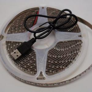 5VDC対応LEDテープライト 3528 USBコネクター付き
