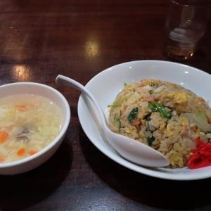 中国食彩 渓泉:カニレタス炒飯とカラアゲ