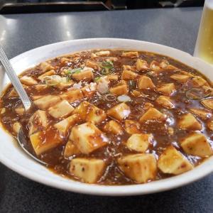 山海関:麻婆豆腐・レバニラ炒め
