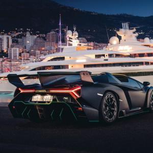 世界に9台しかない激レアランボ「ヴェネーノ・ロードスター」が競売に 価格は衝撃の……ウン億円
