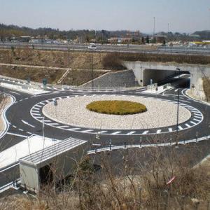 県初のラウンドアバウト、そこは鉄道廃線跡 ならではの課題解決に合理的だったワケ/栃木・大田原市