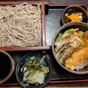 新宿二丁目の美味しいお蕎麦屋さん『楽庵』にて蕎麦ランチ♪