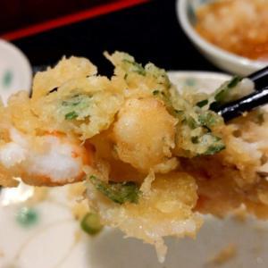老舗の天ぷら屋さん「新宿つな八 総本店」にてランチの昼膳食べてきた