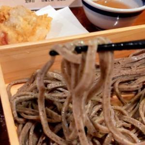 南新宿で蕎麦ランチ「粗挽き蕎麦 トキ 」でかしわ天&とろろ丼付きのお得セットランチ